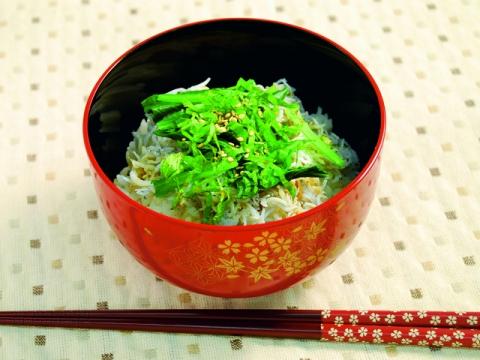 Kama-age Shirasu Don<br/>釜揚げしらす丼